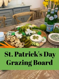 A St Patricks Day grazing board is a great way to entertain with a casual vibe for this green, beer loving, Irish themed holiday. St Patrick Day Snacks, St Patrick Day Activities, St Patricks Day Food, Saint Patricks, Charcuterie Recipes, Charcuterie And Cheese Board, Charcuterie Platter, St Patrick's Day Appetizers, Food Themes