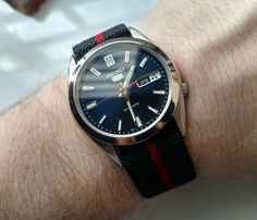 Show off your Seiko 5 - Page 277 Stylish Watches, Watches For Men, Seiko Titanium, Seiko 5 Watches, Field Watches, Mobile Gadgets, Leather Watch Bands, Cafe Design, Men's Collection