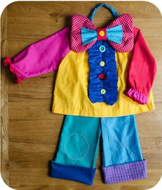 patron déguisement de clown Circus Activities, Costume Carnaval, Costume Clown, Costume Tutorial, Baby Couture, Free Baby Stuff, My Little Girl, Sewing For Kids, Diy Costumes