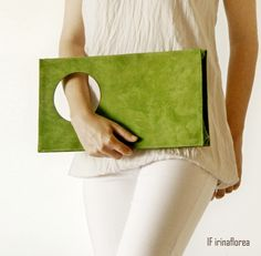 minimalist bags by IF irinaflorea: Mojito Minty leather clutch – fashion DIY Leather Clutch, Leather Purses, Clutch Bag, Leather Handbags, Minimalist Bag, Diy Handbag, Unique Bags, Beautiful Handbags, Handmade Bags