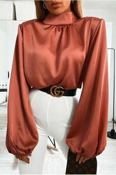 Muslim Fashion, Modest Fashion, Hijab Fashion, Fashion Dresses, Classic Outfits, Stylish Outfits, Looks Street Style, Elegantes Outfit, Beautiful Blouses