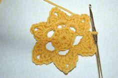 Ravelry: Beginner's Crocheted Flower/ 6-Point Star free pattern by Jayna Grassel
