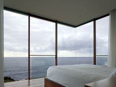 beautiful corner window detailing - Seacliff House by Chris Elliott Architects