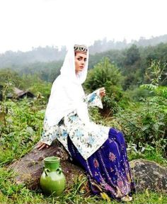 Iranian lady in Lovely Mazandarani traditional clothing - Mazandaran - IRAN Iran has many different ethnic groups each with their own lovely costumes and traditions
