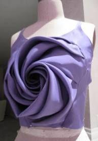 Origami dress pattern fashion design ideas for 2019 Origami Mode, Moda Origami, Origami Vestidos, Draping Techniques, Origami Patterns, Origami Dress, Fashion Sewing, Dress Fashion, Fashion Fabric