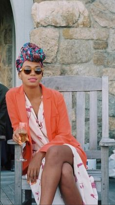 Solange Knowles knows how to spend a cool summer evening right!** Perfect Colors!
