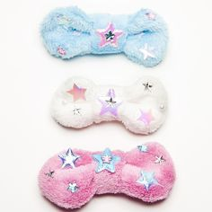 Image of Fuzzy Star Bow. Available at www.iamchubbybunny.com