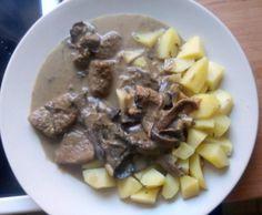 Recept Smetanová omáčka s houbami a vepřovým masem od TomasH - Recept z kategorie Hlavní jídla - maso