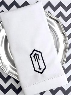 Hexagon Monogrammed Napkins - Set of 4 napkins
