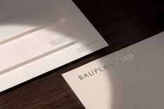 We don't develop real estate, we develop your home – is the credo with which Bauplan Nord, founded in Flensburg over 20 years ago, has created a name for itself. We were tasked with designing an elegant and modern corporate identity to mark both the passing of the torch in this family business, as well as the expansion of their offices into Hamburg. The word mark was given the flexibility necessary for the demands of contemporary media, all the while maintaining a high standard of quality.