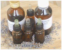 Sono molti coloro che mi scrivono per avere consigli riguardo agli oli essenziali da utilizzare per la realizzazione dei detersivi eco...