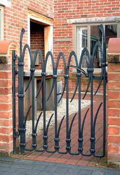 This gorgeous courtyard gate is exterior design art. David Tucker - Designer and Artist Blacksmith Metal Garden Gates, Metal Gates, Wrought Iron Gates, Gates And Railings, Iron Gate Design, Blacksmith Projects, Lathe Projects, Forging Metal, Modern Fence