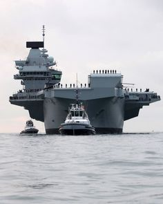 PHOTOS: UK's Biggest Warship HMS Queen Elizabeth Sails Into Portsmouth – gCaptain