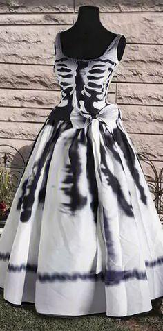 👻Halloween Sale!Round Neck Casual Sleeveless Halloween Dress #halloween #dress Halloween Dinner, Theme Halloween, Halloween Fashion, Halloween Home Decor, Halloween Kostüm, Halloween Birthday, Halloween Dress, Diy Halloween Costumes, Diy Halloween Decorations