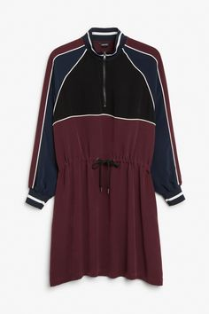 Sporty zip dress