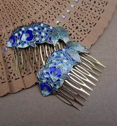 Vintage hair combs Chinese cloisonne fish hair accessory (A)
