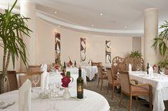 Ristorante & Bistro San Marco  .  http://www.parco-san-marco.com/en/gastronomy/restaurants/ristorante-bistro-san-marco/ .  .  .  .  .   #italy  #travel  #lake #lugano #como #residenza  #dependence #marco #hotels #holidays #vacation #family #kids #leisure