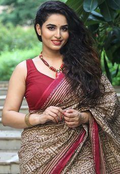 Beautiful Girl Indian, Beautiful Saree, Gorgeous Women, Beauty Full Girl, Beauty Women, Women's Beauty, Hot Actresses, Indian Actresses, Indian Actress Hot Pics