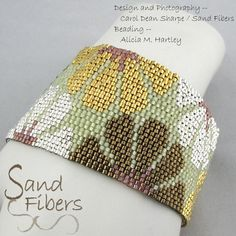Mixed Metal Blooms is eligible for Sand Fibers 3-for- 2 Pattern Program. Purchase any two Sand Fibers patterns and receive a third, of equal or lesser value, for free. Just specify your free pattern in the Notes to Seller during checkout. _____________________ The pattern in this listing