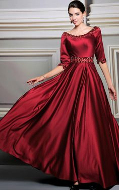 Rio burgundy long elegant evening gown brings striking glamour to any occasion. avana-collection.com