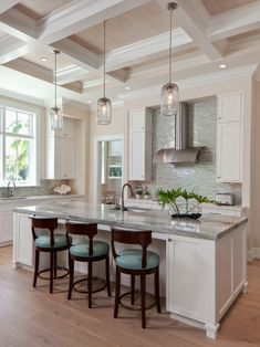 Adorable 25+ Wonderful Beach Style Decorating Ideas for Your Kitchens https://decoor.net/25-wonderful-beach-style-decorating-ideas-for-your-kitchens-10730/ #home #decor #Farmhouse #Rustic #garden
