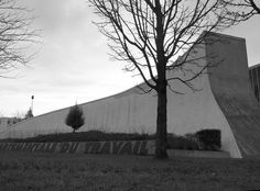 Oscar Niemeyer, France, Explore, Architecture, Artwork, Outdoor, Arquitetura, Art Work, Work Of Art