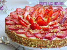 Tarte aux fraises a la crème amandine