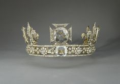 Queen Mary's Crown. 1911. Silver, gold, diamonds, quartz crystal. Acquirer: Queen Mary, consort of King George V, King of the United Kingdom (1867-1953). Provenance: Commissioned by Queen Mary, consort of King George V, from the Crown Jewellers, Garrard & Co., for the coronation on 22 June 1911.