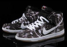 new arrivals 4a7a4 f19f1 Nike SB Dunk High -Tie Dye (Release Date- June 2014)  kicksfever