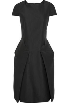 Calvin Klein Collection|Silk-blend faille dress|Classic idea, modern structure. 2,295.