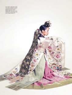 "hanboklynn: "" Elegant and beautiful silk hanbok for Spring. With its gorgeous pastel-toned colors and high-quality silk, this hanbok is just stunning! and elegant hanbok dress for brides. Korean Traditional Clothes, Traditional Fashion, Traditional Dresses, Hanbok Wedding, Costume Ethnique, Korea Dress, Modern Hanbok, Korean Design, Korean Wedding"