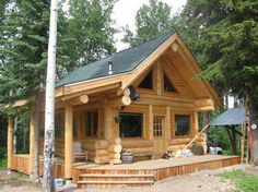 Harrison Log Homes/ timber frame/ post and beam Small Log Homes, Small Log Cabin, Tiny Cabins, Rustic Home Design, Cabin Design, House Design, Cabin House Plans, Log Cabin Homes, Small Cottages
