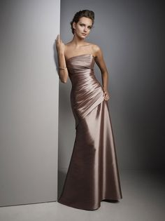 Vizon Rengi Saten Uzun Straplez Elbise