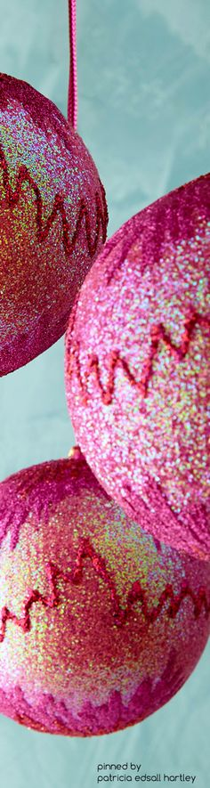Jim Marvin Pink Flame-Stitch Glitter Ball Christmas Ornaments