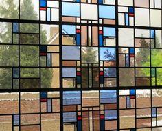 Jaren30woningen.nl | Glas in lood raam van een #jaren30 woning