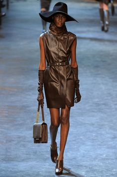 Lanvin Fall 2011 Ready-to-Wear Collection Photos - Vogue