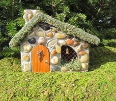 A fairy house for my garden...if I ever get around to working on the garden..