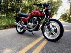 99% original, mas aquele 1% é paralelo! 😎 HONDA CB400 1980 - MADE IN JAPAN