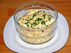 Eiersalat für Ostermontag Recipes american food and drink Easter Recipes, Egg Recipes, Brunch Recipes, Salad Recipes, Drink Recipes, Hamburger Meat Recipes, Sausage Recipes, Feta, Easter Salad