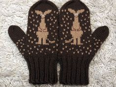 Knit Mittens, Knitted Gloves, Knitting Socks, Wrist Warmers, Hand Warmers, Knitting Stitches, Knitting Patterns, Knitting Ideas, Felt Embroidery