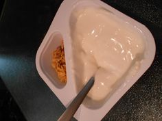 Chobani Vanilla Golden Crunch Flip Chobani Greek Yogurt, Yogurt Cups, Flipping, Coco, Goodies, Ice Cream, Make It Yourself, Desserts, Custard