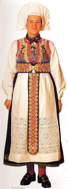 FolkCostume&Embroidery: Overview of Norwegian costume, part 3B. Hordaland
