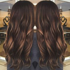 High-Contrast Caramel Balayage Hair