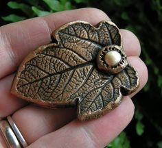 Pin Fig Leaf with freshwater pearl in clay by VanessaStoryDesigns