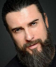 Turkish Men, Turkish Beauty, Turkish Actors, Outlander, Famous Warriors, Esra Bilgic, Angel Eyes, Best Series, Hair And Beard Styles