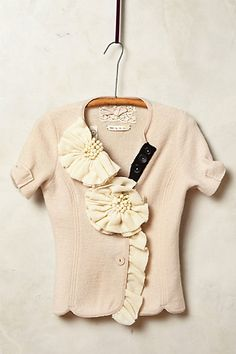 Corsage Sweater Jacket ~ Well, look who's back! Love that Anthropologie is doing this! Sweater Outfits, Sweater Jacket, Boiled Wool Jacket, Pullover Outfit, Anthropologie Clothing, Look Fashion, Womens Fashion, Mode Inspiration, Wool Sweaters