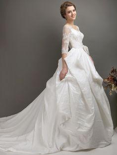 Vintage Princess Chapel Train Taffeta Wedding Dress WD0600351 Wedding Poses, Wedding Tips, Wedding Favors, Wedding Styles, Evening Dresses, Prom Dresses, Wedding Dresses, Sexy Dresses, Simple Weddings