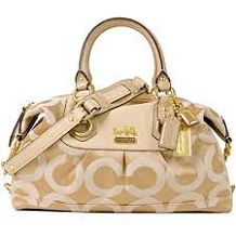 Disney Store��s Latest Arm Candy �C Isabella Fiore Handbags and Wallets - love it!