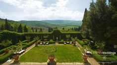 Villa in Siena - Destination Wedding in ItalyFall in love with this #luxuryweddinglocation in #Sienna! A very exclusive #weddingvenue that guarantees a spectacular setting for your #weddinginItaly, a triumph of beauty and luxury!