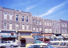 This is a great picture of the North side of Broadway in 1962, which shows #191, 189, 183, 183, 177 and 175 Broadway.